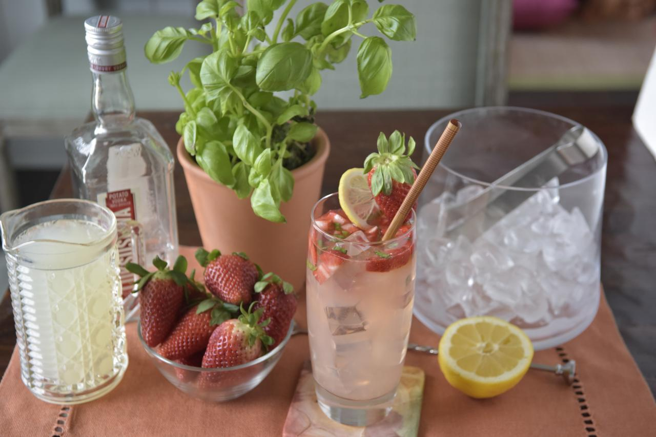 Strawberry-Balsamic Tequila Sour Recipe